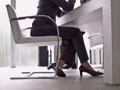 讲真|长期坐着影响月经来吗?女性要当心!